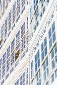 木制玻璃窗在拉科鲁尼亚,加利西亚,西班牙. — 图库照片