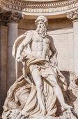 トレビの泉、ローマ、イタリアのバロック式の噴水. — ストック写真