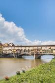 The Ponte Vecchio (Old Bridge) in Florence, Italy. — ストック写真