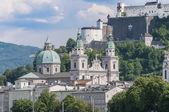 Salzburg cathedral seen from Salzach river, Austria — Stock Photo