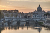 Ponte Sant'Angelo (Bridge of Hadrian) in Rome, Italy, — Stock Photo