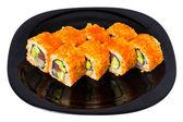 """Maki sushi med kaviar """"tobiko"""". — Stockfoto"""