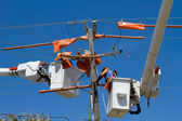 Working On Power Lines — Stock Photo