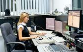 TV director at editor — Stock Photo