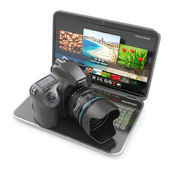 Digital photo camera and laptop. Journalist or traveler equipm — Stock Photo