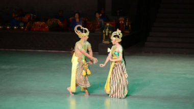 Ramayana Ballet at at Prambanan, Indonesia — Stock Video