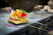 Offerings to gods in Bali — Stock Photo