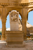 Maharaja image in Bada Bagh ruins, India — Stock Photo