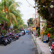 Narrow tourist area Ubud street — Stock Photo
