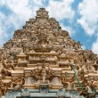 Traditional gopuram of Hindu temple — Stock Photo
