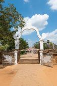 Puerta y entrada en templo budista — Foto de Stock