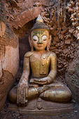 Buddha image in ancient Burmese Buddhist pagodas  — Stock Photo