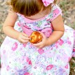 Caucasian little girl with cake — Stock Photo