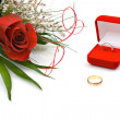 Wedding rings and rose — Stock Photo #1776186