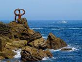 Sculpture Peine de los Vientos in San Sebastian, Spain — Stock Photo