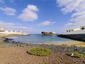 Shipwreck near Costa Teguise, Lanzarote, Canary Islands, Spain — Stock Photo