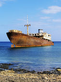 Shipwreck near Costa Teguise, Lanzarote, Canary Islands, Spain — Stock Photo