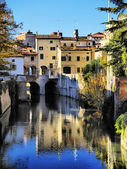 Canal in Mantua, Lombardy, Italy — Stock Photo