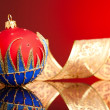 Christmas decoration balls with ribbon - Foto Stock