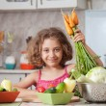 Girl preparing healthy food — Stock Photo #12400553