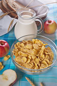 Cornflakes with milk — Stock Photo