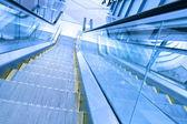 Steps of escalator in business center — Stockfoto