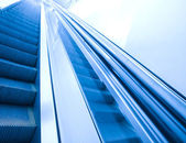 Passerelle escalier contemporain — Photo