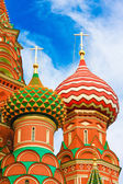 Cupolas of Saint Basil's Cathedral on Red square, Moscow, Russia — Stock Photo