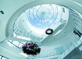Architectural limpid round ceiling with stair — Stock Photo