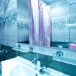 Green interior of luxury bathroom — Stock Photo #25425273