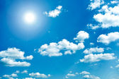 Panoramic view of beautiful blue-sky and sparse white clouds — Stock Photo
