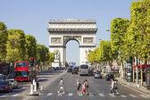 Champs-Elysees and the Arc de Triomphe, Paris, France — Stock Photo