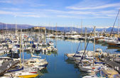 Yachts in the port of Antibes, Cote d'Azur — Stock Photo