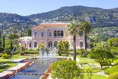 Garden in Villa Ephrussi de Rothschild, Saint-Jean-Cap-Ferrat — Stock Photo