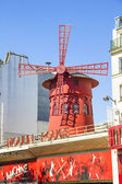 PARIS, FRANCE - SEPTEMBER 9: The Moulin Rouge during the day, on — Stock Photo