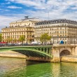 Seine river and the Notre Dame in the background, Paris, France — Stock Photo