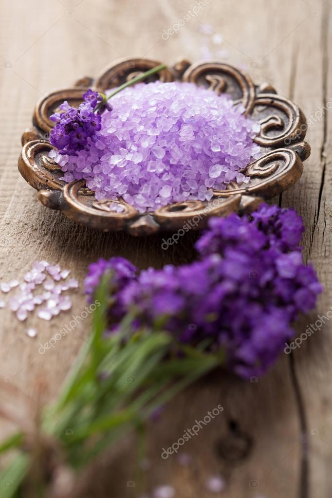 Lavender salt  — Stock Photo #13338991