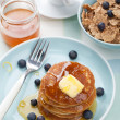 American pancakes with syrup and blueberry  — Stock Photo
