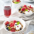 Healthy breakfast with yogurt and granola  — Stock Photo