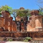 Brick columns of cham temple in Nha Trang, Vietnam — Stock Photo #12640996