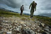 PIcture of a two hikers walking — Foto de Stock