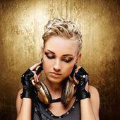 Steam punk girl with headphones — Stock Photo