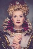 Portrait of beautiful haughty queen — Stockfoto