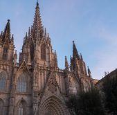 Kathedrale des heiligen kreuzes und st. eulalia — Stockfoto