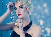 Elegant blond retro woman — Foto Stock