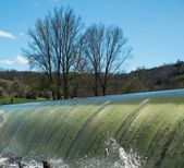 Weirs on river on a beautiful day — Stock Photo