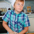 Boy cooking — Stockfoto