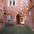 Quiet patio with bicycle in Albi town, France — Stock Photo