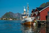 Traditional fishing boat in Reine village, Norway — Stock Photo