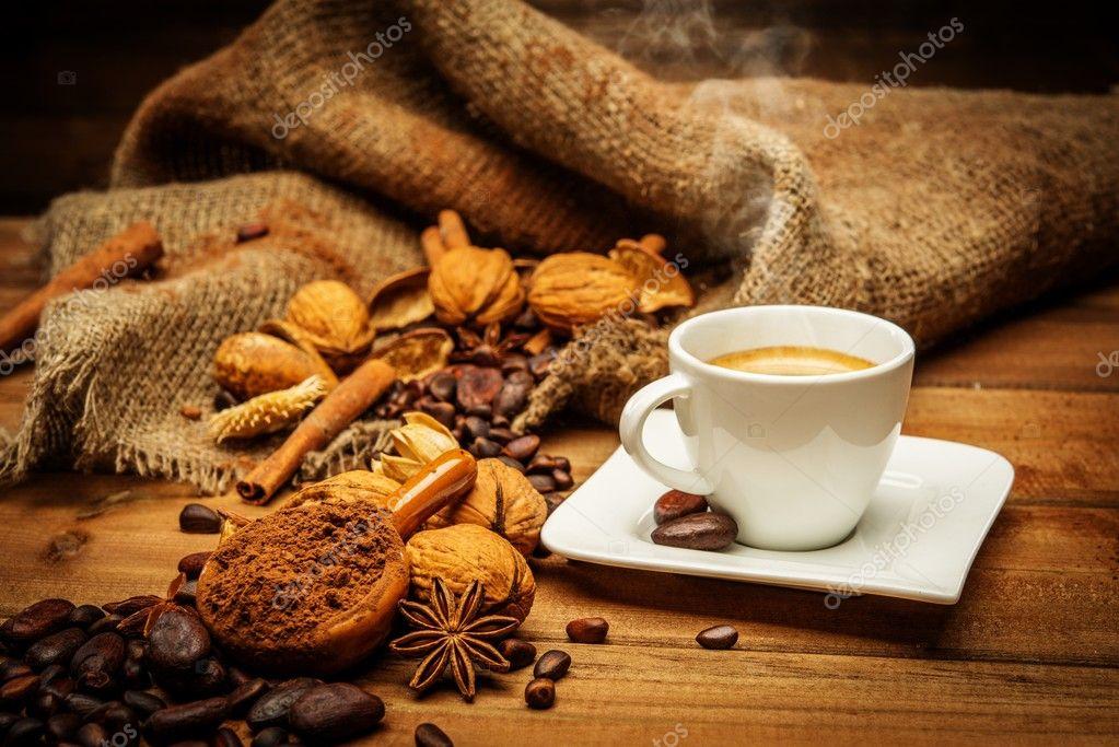 咖啡主题静物木制的桌子上